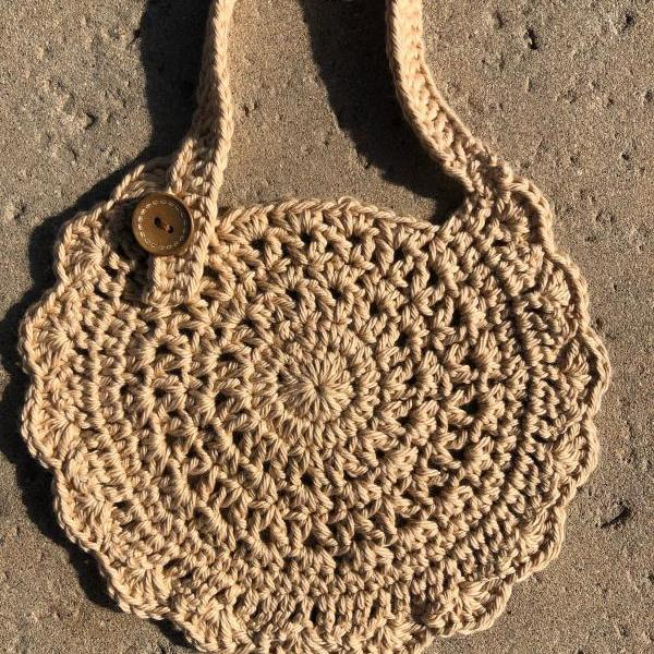 Crochet baby bib 100% cotton.